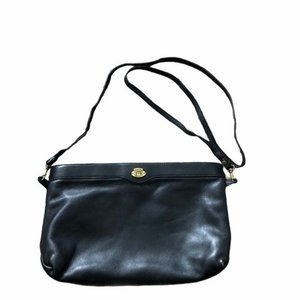 Etienne aigner vintage black leather purse